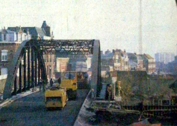 Le pont est ré ouvert en novembre 1982. Photo Nord Eclair