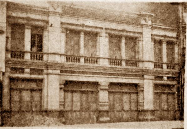 La façade du bâtiment côté avenue de la Gare Photo JdeRx