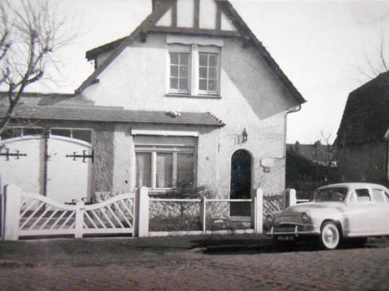 Le garage et l'aronde de la famille.