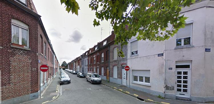 Le débouché de la rue Thècle dans la rue de l'Espierre Photo Google Maps