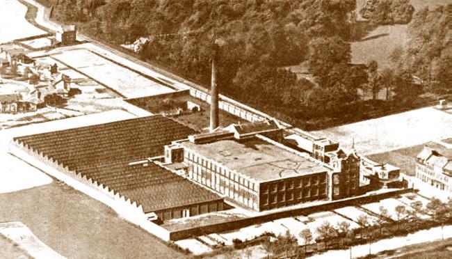 L'usine César Pollet et frères Coll Particulière