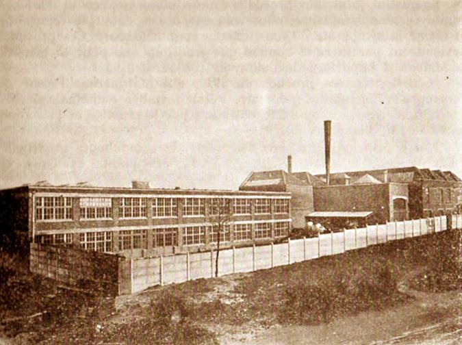 L'usine Pennel & Flipo en 1934 Coll Particulière