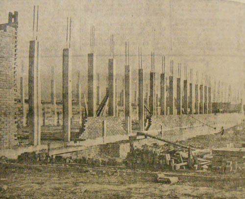 Le chantier à ses débuts. Photo Nord Eclair 1955