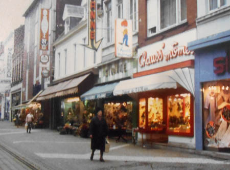 Le magasin grand rue – photo Delbecq archives municipales