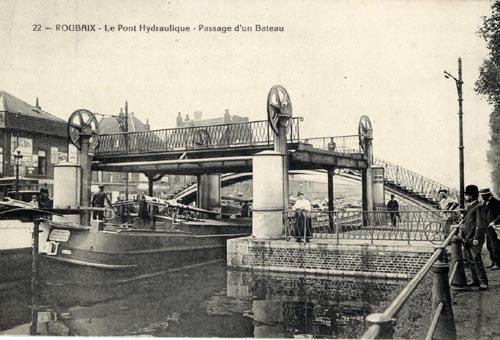 Collection médiathèque de Roubaix