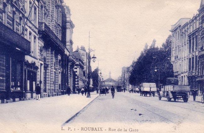 Vue de la rue vers la gare, Place Chevreul sur la droite CP Méd Rx