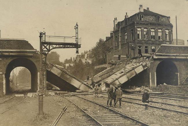 Le premier pont St Vincent élargi, démoli en 1918